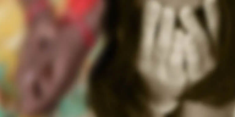 கூட பிறந்த அக்காவை 20 வருடங்களாக பாலியல் வன்கொடுமை செய்து வந்த தம்பி