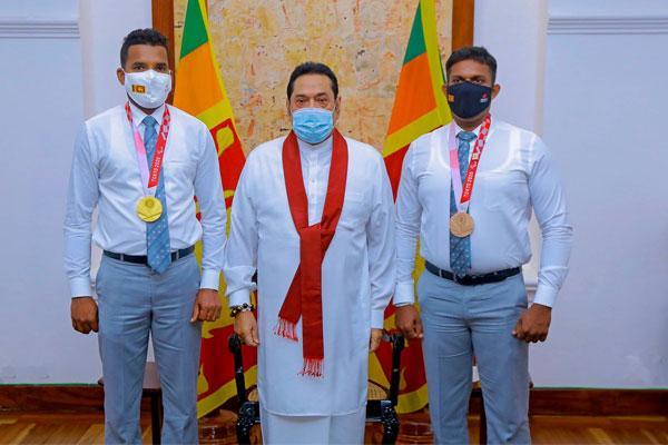 Sri Lanka: Winners of Paralympics meet Prime Minister